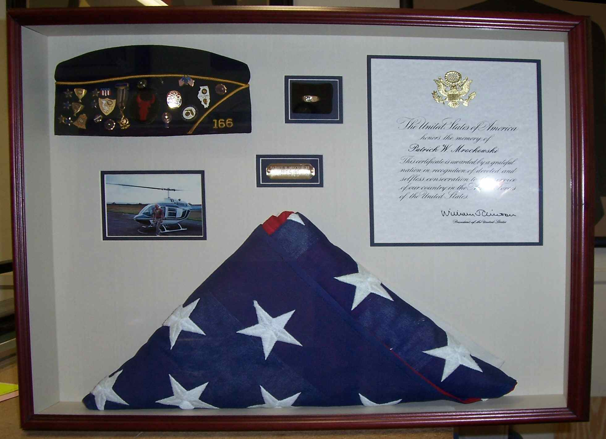 This beautiful commerative shadow box includes the servicemenu0027s VFW cap with his pin collection. & Gizmos Art - Shadow Boxes Aboutintivar.Com
